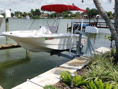 1500 mini boat lift with seawall mount