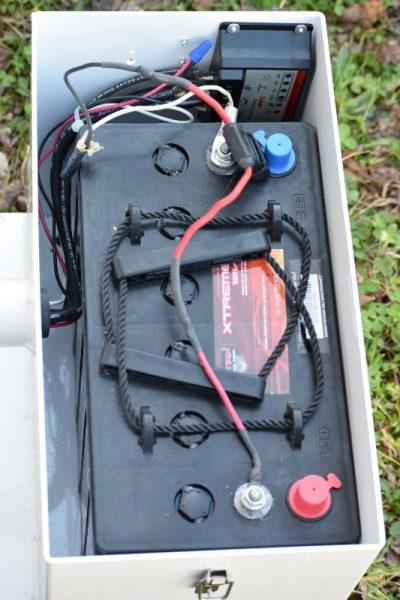 dock lighting - Hercules 50 watt LED solar dock light kit - 6000 Total Lumens