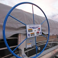 large blue handcrank wheel